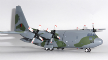 Lockheed C-130 Royal New Zealand Air Force Inflight 200 Diecast Model Scale 1:200 IF1300617 E